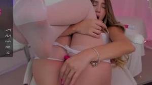Disfruta de chats de sexo en directo Danielita211991 de Chaturbate - 21 años - Colombia