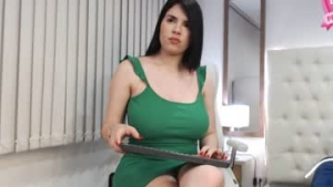 View free live cam of Emma_baker from Chaturbate - 22 years old - In your hot dreams