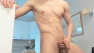 View free live cam of Happyboyforu18 from Chaturbate - 22 years old - Best Plase of the World