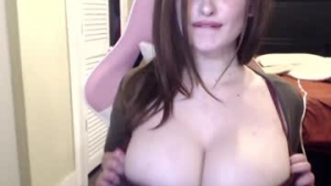 View free live cam of Hollyhawthorne from Chaturbate - 23 years old - Texas, United States