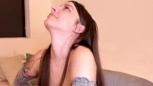 View free live cam of Hotpetitegirl from Chaturbate - 22 years old - In your dreams