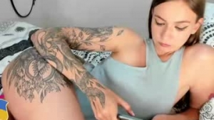 View free live cam of Hottest_asss from Chaturbate - 22 years old - Twitter @yourhotmarusya