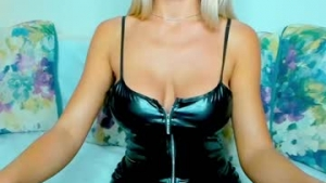 View free live cam of Hotty_kit1y from Chaturbate - 23 years old - Chaturbate