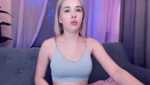 View free live cam of Lilithpopsy from Chaturbate - 19 years old - Moskow