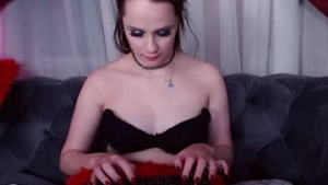 View free live cam of Linda_lawrence from Chaturbate - 19 years old - Puffyland