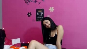 View free live cam of Venezuelan_beauty from Chaturbate - 18 years old - Tomorrowland